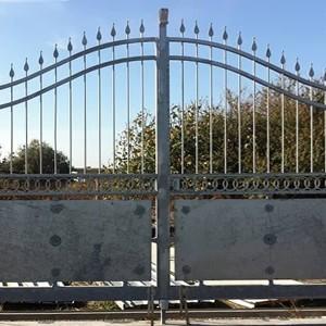 Fabbrica cancelli e recinzioni modulari a roma for Lance per cancelli in ferro